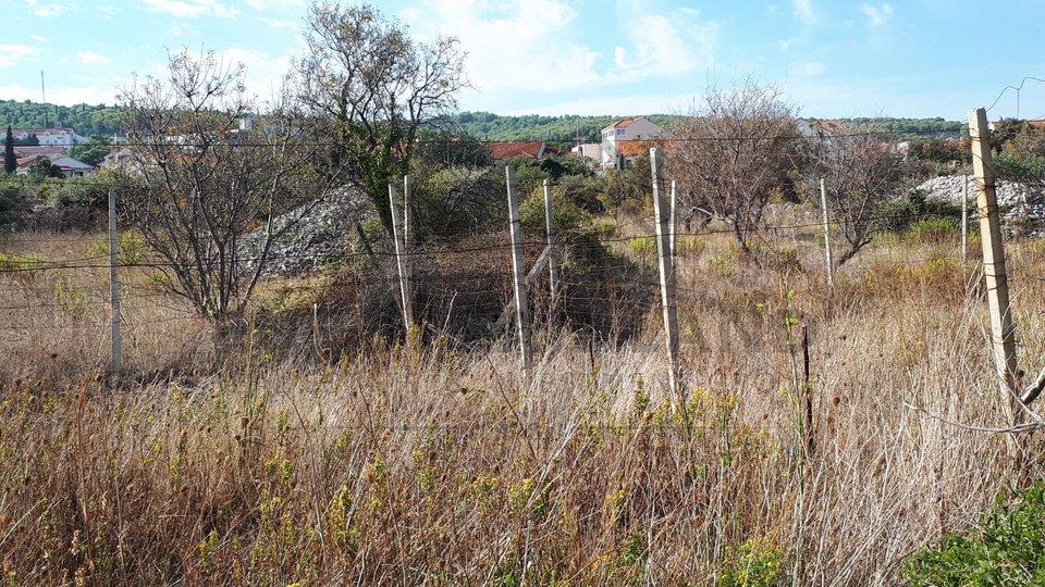 Building land at attractive location - Supetar