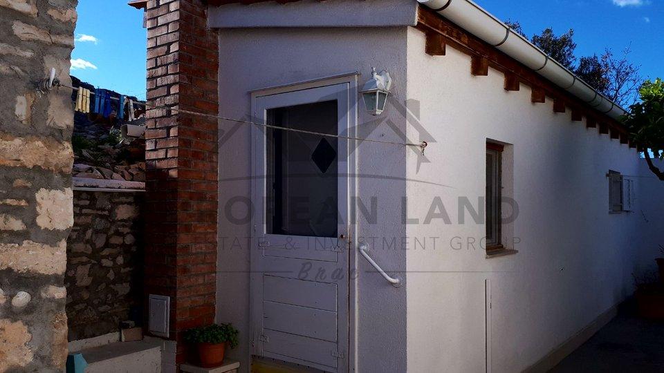 Casa, 108 m2, Vendita, Supetar