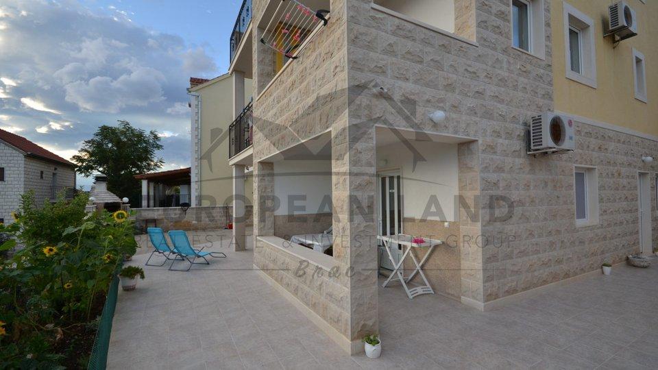 Casa, 300 m2, Vendita, Postira