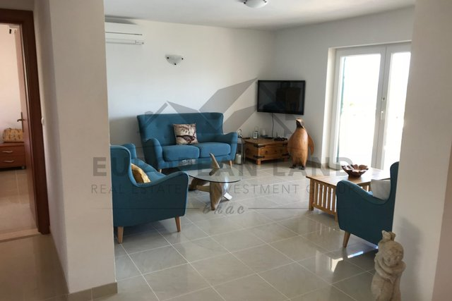 Casa, 250 m2, Vendita, Splitska