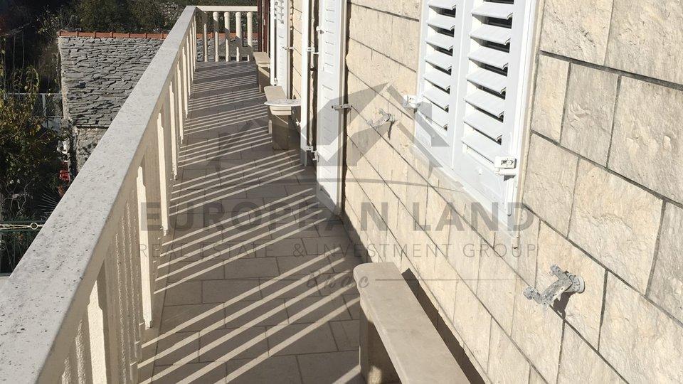 Kamena kuća – Gornji Humac
