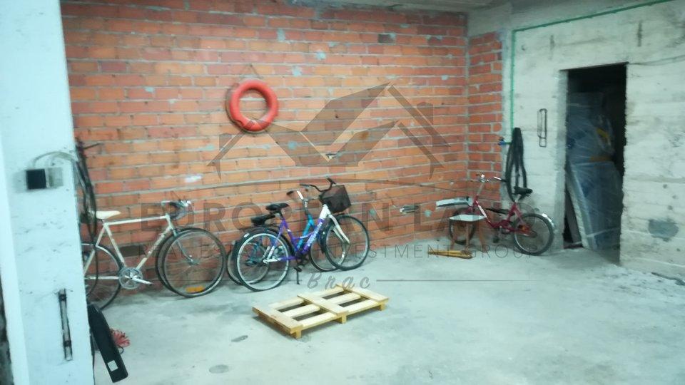 Geschäftsraum, 82 m2, Verkauf, Milna