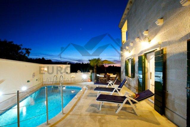 Casa, 350 m2, Vendita, Mirca