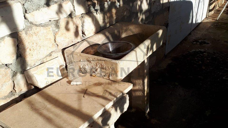 Stara kamena kuća - Mirca ( Gornje selo)